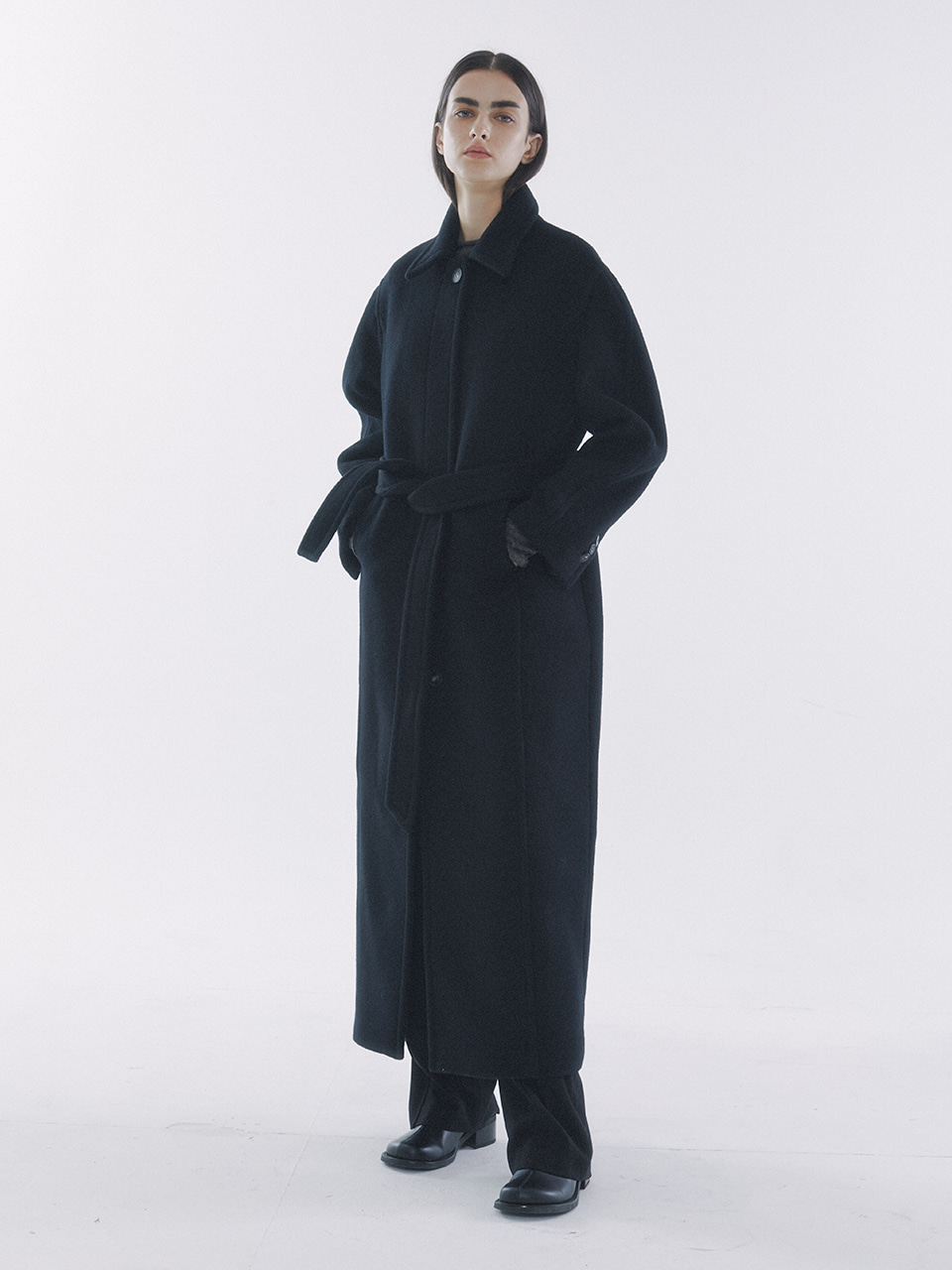 Belted Volume Mac Coat Black
